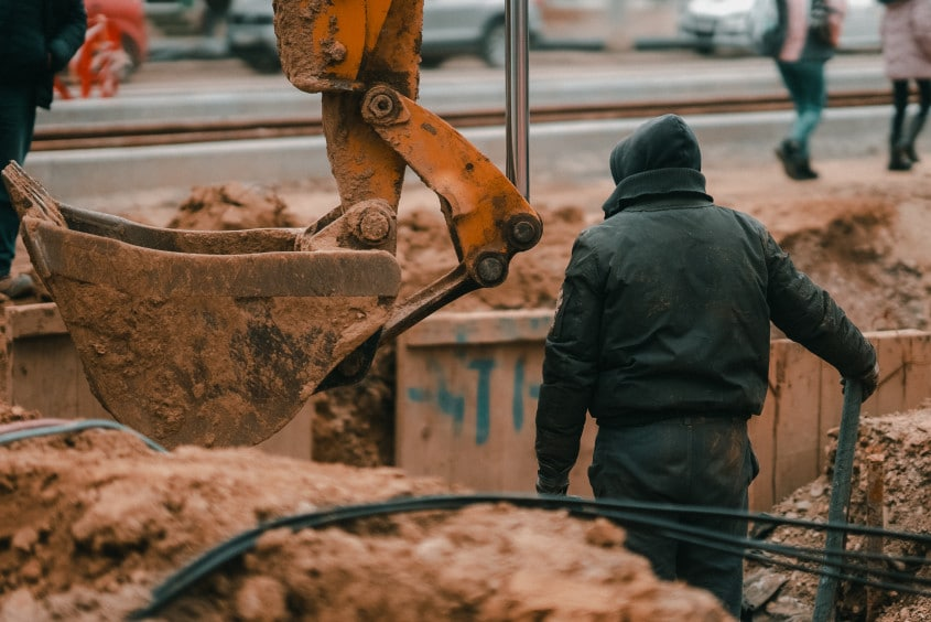 road-building-construction-working-man-machinery-work-job_t20_drdR6b